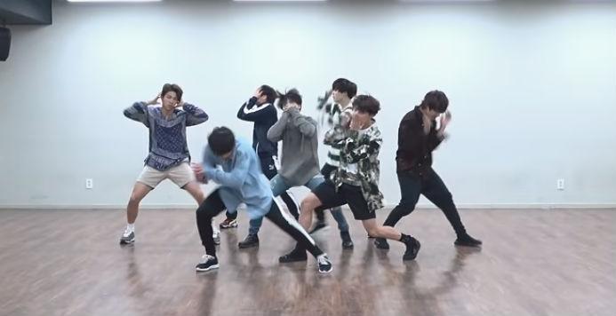 """防弾少年団(BTS)、""""Fake Love""""の..."""